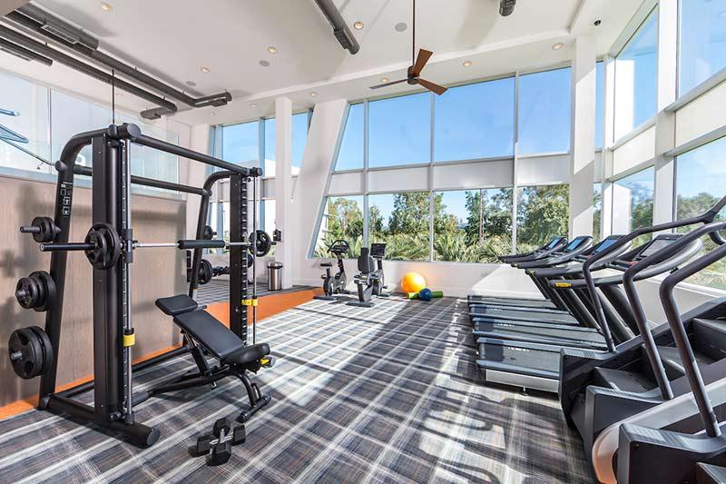 phòng gym bình dân giá rẻ