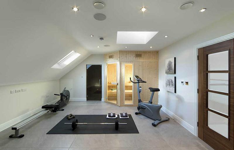 phòng tập gym tại nhà có phòng xông hơi