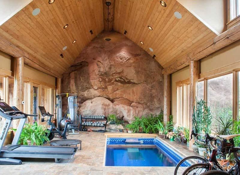 thiết kế phòng gym có bể bơi ở nhà