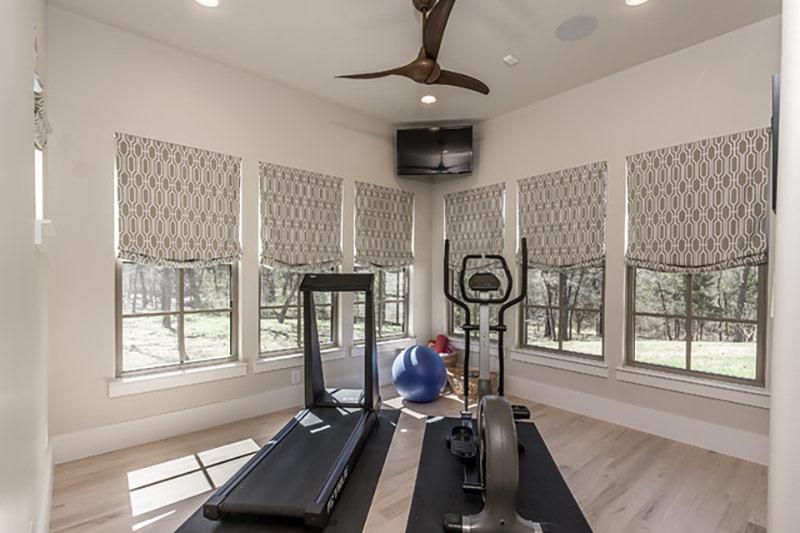 Setup phòng tập thể dục đơn giản cho bố mẹ