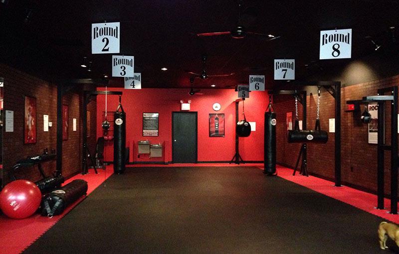 Mẫu phòng tập kickboxing trẻ trung