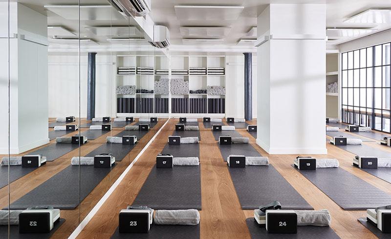 kinh-doanh-yoga-ket-hop-phong-gym