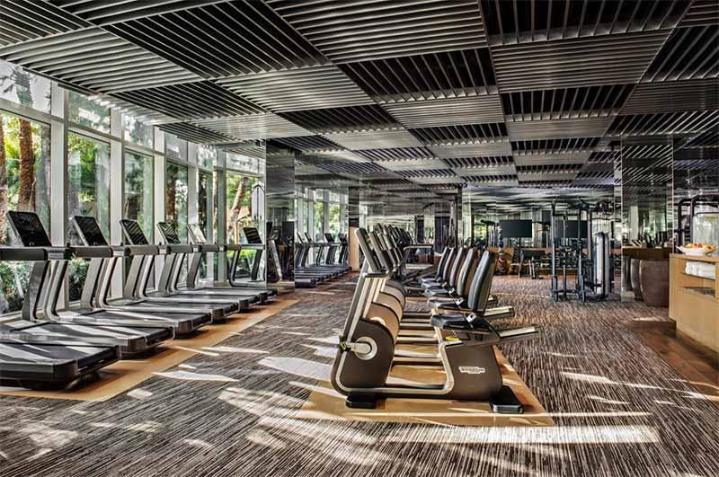 kinh-doanh-khach-san-khi-co-phong-gym
