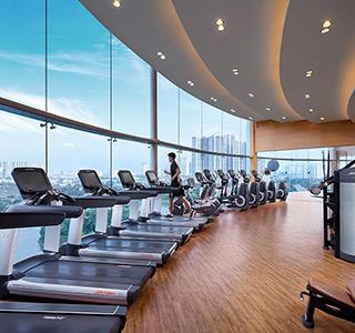 khach-san-co-phong-gym