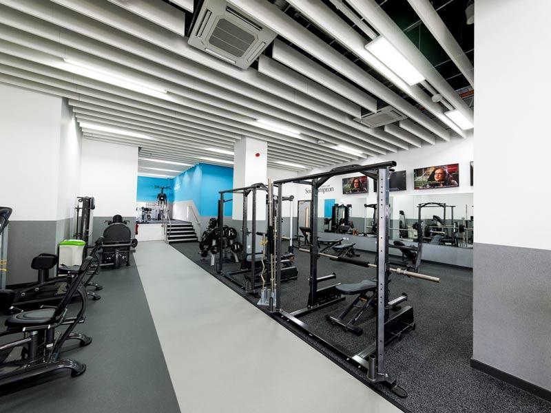 phong-gym-truong-dai-hoc-Southampton